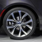 2015 Chrysler 200 wheel at NAIAS 2014