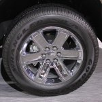 2015 GMC Canyon wheel design at NAIAS 2014