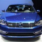 2015 VW Passat Bluemotion Concept at 2014 NAIAS front