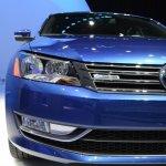 2015 VW Passat Bluemotion Concept at 2014 NAIAS headlight