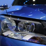 2015 VW Passat Bluemotion Concept at 2014 NAIAS headlights