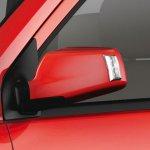 Chevrolet Enjoy Limited Edition side mirror
