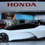 Honda FCEV Concept side at NAIAS 2014