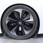 Honda FCEV Concept wheel at NAIAS 2014