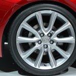 Lexus RC Coupe wheel at NAIAS 2014