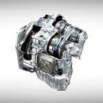 Nissan Sunny facelift engine press image