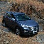 2013 Hyundai Santa Fe Review static front quarter