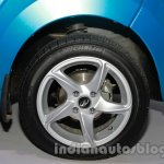 2014 Mahindra e2o wheel