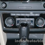 2014 Skoda Superb facelift launch images central console