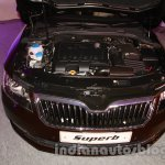 2014 Skoda Superb facelift launch images engine