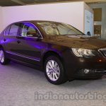 2014 Skoda Superb facelift launch images front quarter