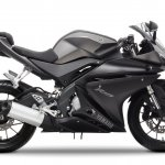 2014 Yamaha YZF-R125 Matte Grey press shot