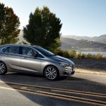 BMW 2 Series Active Tourer press shots side