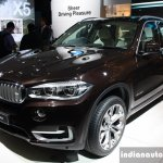 BMW X5 front three quarter live