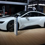 BMW i8 side detail live