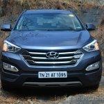 Front of 2013 Hyundai Santa Fe Review