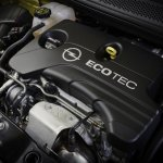 GM 1 liter ECOTEC engine press shot opel adam
