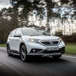 Honda CRV Black and White edition UK white moving