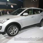 Hyundai Santa Fe at Auto Expo 2014 front three quarter view