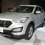 Hyundai Santa Fe at Auto Expo 2014 front three quarters