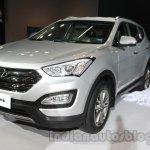 Hyundai Santa Fe at Auto Expo 2014 front three quarters