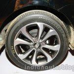 Hyundai Xcent alloy wheel live image
