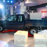Isuzu D-MAX Space Cab side at Auto Expo 2014