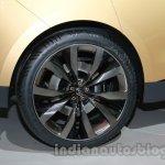Jaguar C-X17 at 2014 Auto Expo wheel