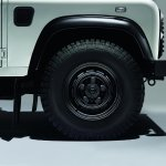 Land Rover Defender Black Pack heavy duty alloy