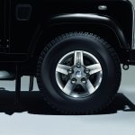 Land Rover Defender Silver Pack alloy wheel