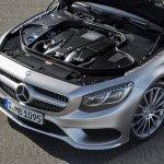 Mercedes-Benz S-class Coupe S500 hood open