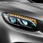Mercedes-Benz S-class Coupe S500 lights on
