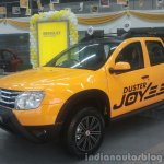 Renault Duster Joy Yellow Edition side