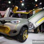 Renault KWID Concept scissor door live