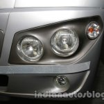 SML Isuzu S7 headlamp detail live