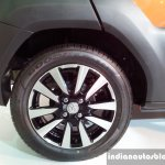 Toyota Etios Cross wheel detail live