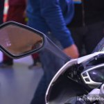 Triumph Daytona 675 rear view mirror live