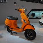 Vespa S front three quarters left at Auto Expo 2014