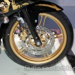 Yamaha R15 Special Edition Auto Expo front wheel