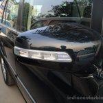 2014 Tata Aria side mirror live image