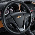 Chevrolet Optra Egypt dashboard press shot
