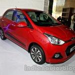 Hyundai Xcent front three quarters image