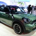 2015 MINI Countryman Facelift at 2014 New York Auto Show - front three quarter