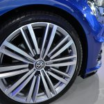 2015 VW Golf Sportwagen at 2014 NY Auto Show wheel