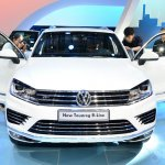 2015 VW Touareg front at Auto China