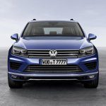 2015 VW Touareg front press shot