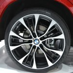 BMW X4 wheel at the 2014 New York Auto Show