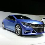 Honda Concept B front three quarters at Auto China 2014