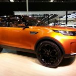 Land Rover Discovery Vision Concept front three quarters at Auto China 2014