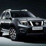 Nissan Terrano (Russia-spec) front three quarter left press shot